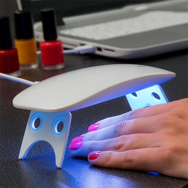 Negletørrer med UV lys